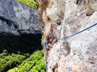 Kletterausrüstung Mehrseillängen : Kletterkurs mehrseillängen hohe wände