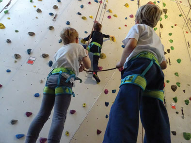 Klettergurt Kinder 8 Jahren : Kinderklettern raum tübingen