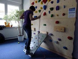 Kletterwandbau - Kletterwand zu hause ...