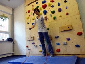 Kletterausrüstung Reutlingen : Kletterwandbau